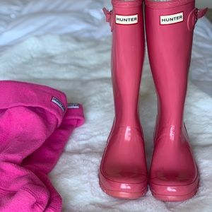 Hunter Shoes - HunterTall boots with insulated Hunter socks